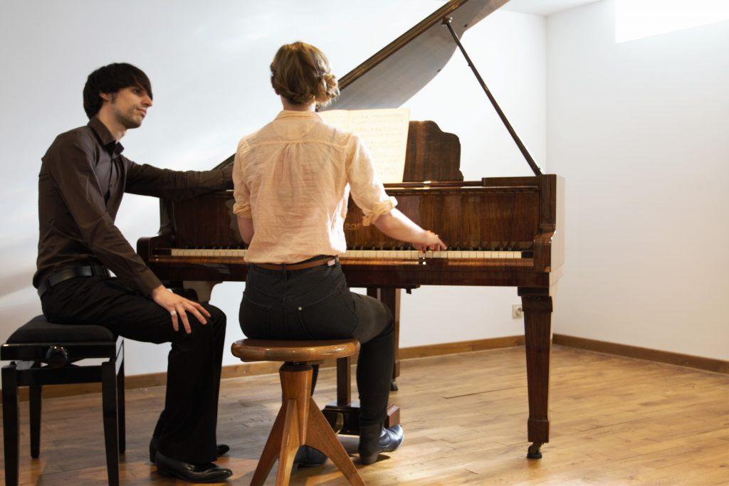 Pianoleraar, piano leren spelen, Pianoles in Leuven